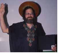"""Richard Stallman: """"Microsoft prohíbe la cooperación y la solidaridad social"""""""