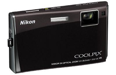 Nikon CoolPix S60, con pantalla táctil