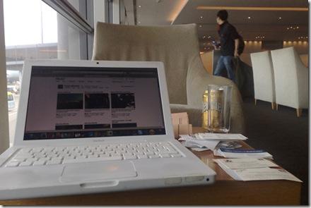 Cómo mantener tu laptop segura – 8 consejos para viajeros