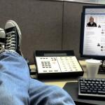 ¿Perjudica o ayuda utilizar Facebook en el trabajo?