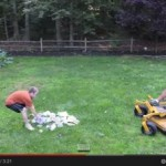 Padre psicópata destruye los juegos de su hijo con una podadora ¿Real o fake?