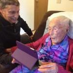 Anna Stoehr la mujer que tuvo que omitir en Facebook sus 113 años